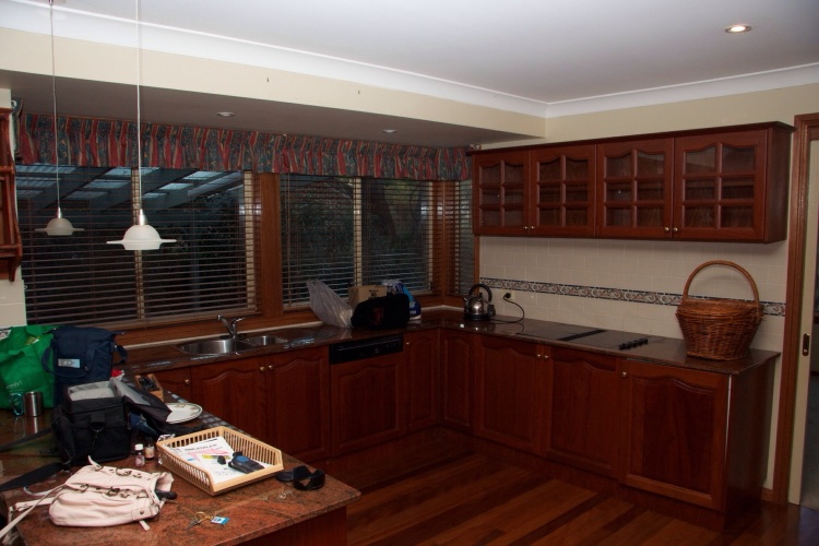 The kitchen, the day we collected our keys!